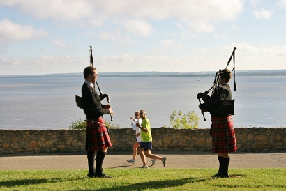 bagpipes-overlooking-river-2012